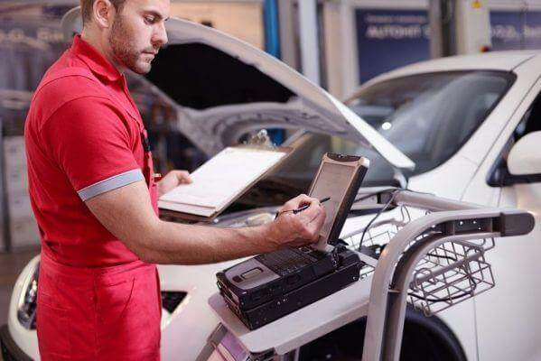 autó felkészítése műszaki vizsgára Miklóstelep
